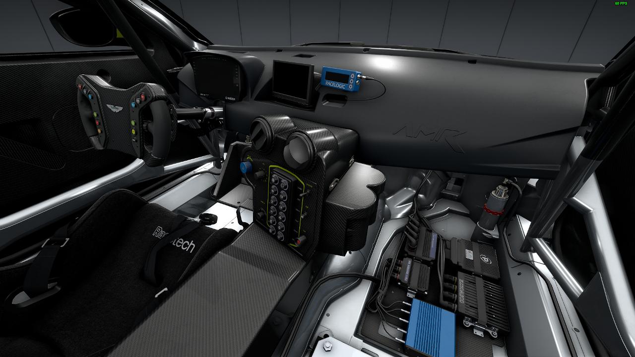 vantage_gt4_interior.jpg